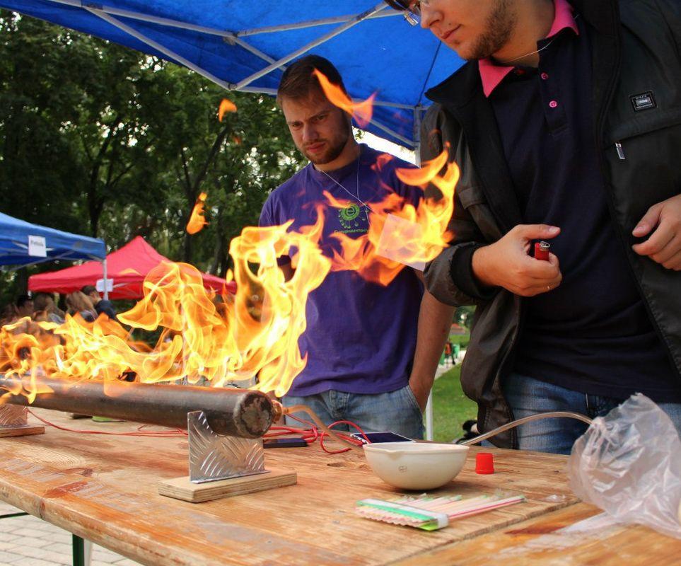 Научный пикник в ТРК Солнечная Галерея